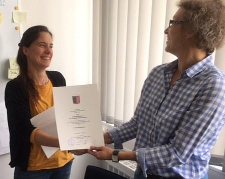 Wir gratulieren Frau Prof. Dr. Zimmermann zur erfolgreichen Zwischenevaluation ihrer Juniorprofessur!